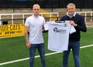Bobby-Joe Taylor signs for Bromley