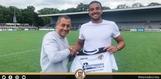 Chris Bush signs for Bromley FC
